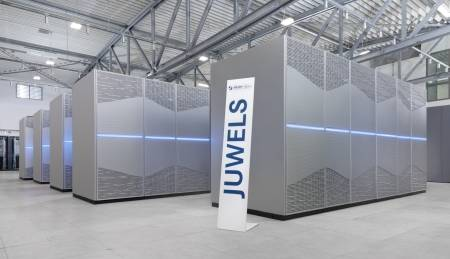 Supercomputer JUWELS am Jülich Supercomputing Centre