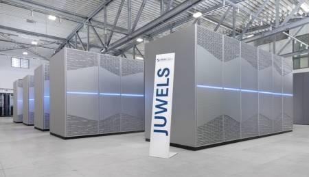 Supercomputer JUWELS am Jülich Supercomputing Centre